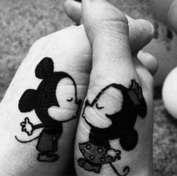 Love_Tatoos_Let_s_kiss