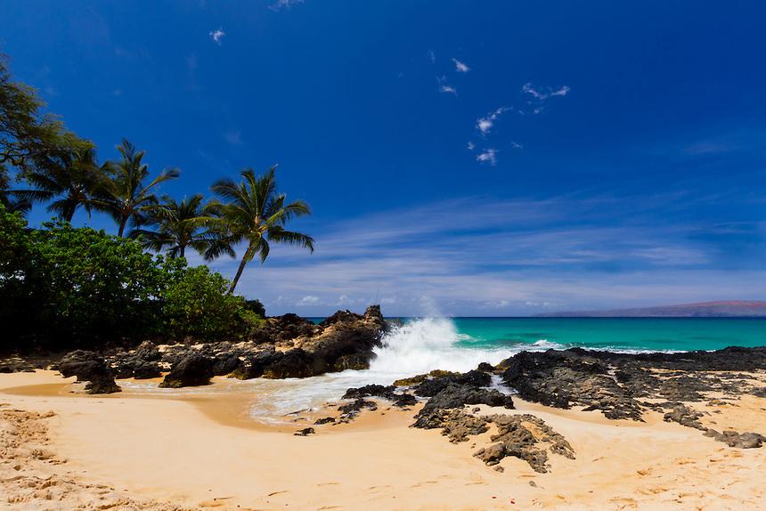 Makena-Cove-Maui-Hawaii-Secret-Beach-Landscape-Photography-3