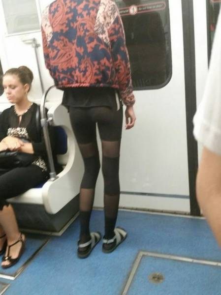people_who_take_fashions_donts_to_the_next_level_640_01