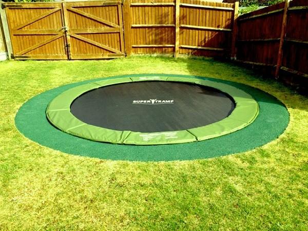 sunken-trampoline-600x450