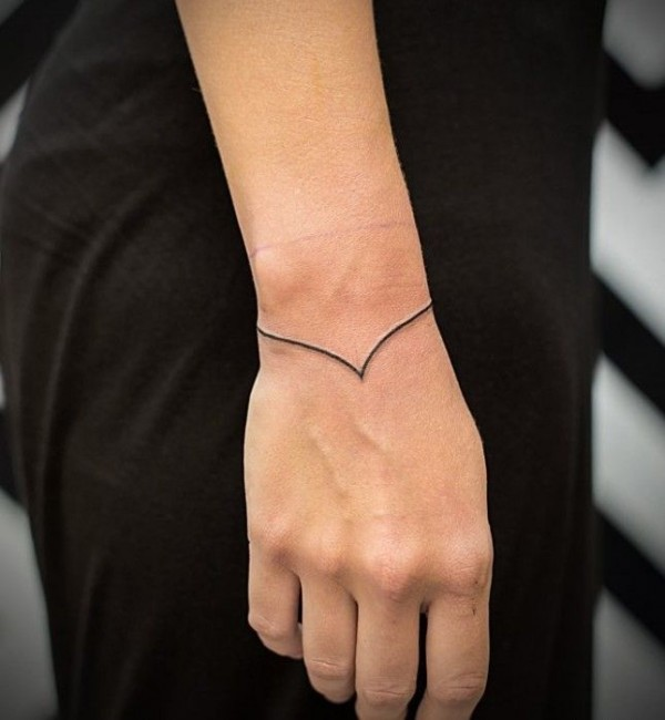 tattoo-bracelet2-600x650