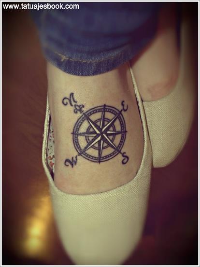 tatuajes-de-brujulas-2
