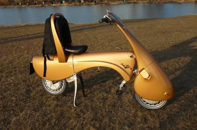 169055-R3L8T8D-650-moveo-lo-scooter-elettrico-pieghevole-da-antro-p1060213
