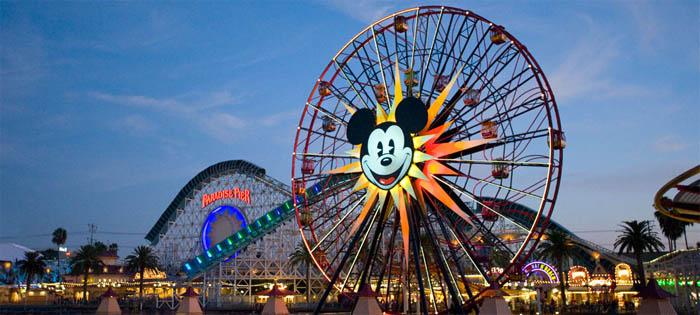 Disneylandia_Screamin