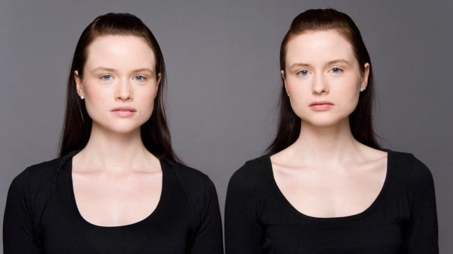 91005-R3L8T8D-650-identical-twins