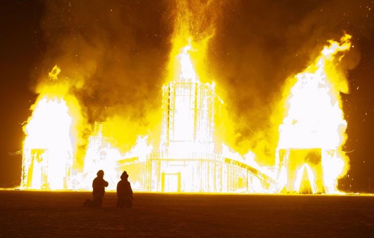 Fotografías-más-locas-del-Burning-Man-18-730x465