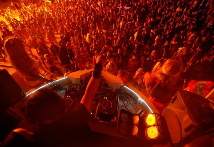 Fotografías-más-locas-del-Burning-Man-26-730x501