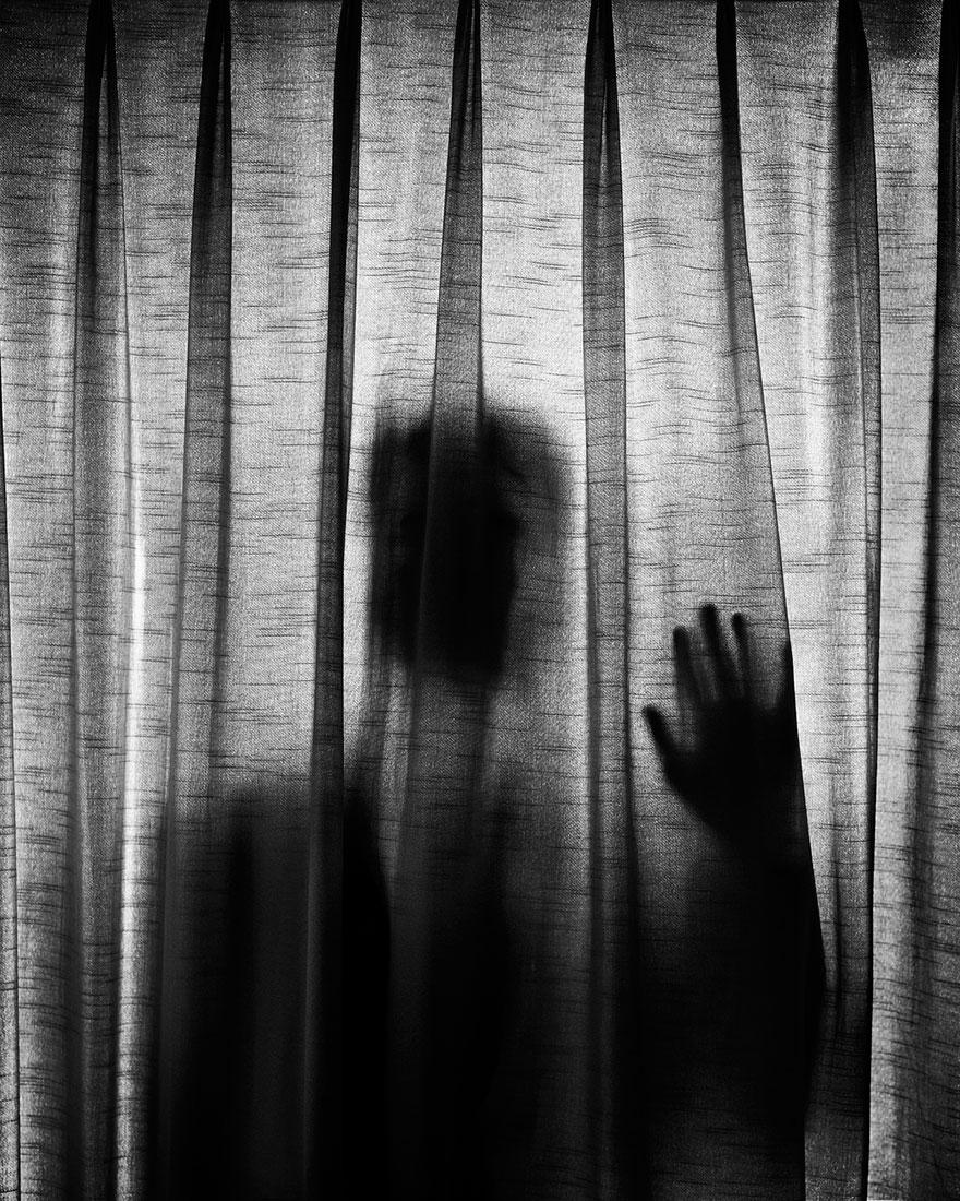 autorretratos-depresion-edward-honaker-17