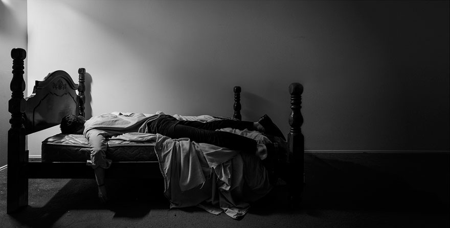 autorretratos-depresion-edward-honaker-7