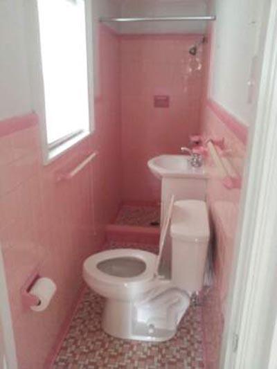 awkward-bathroom-pink