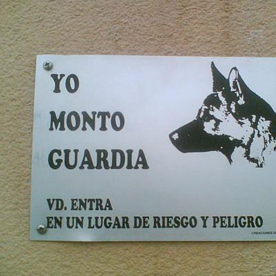 cartel-aviso-perro