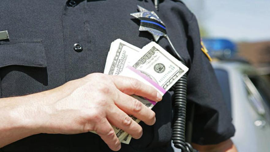 corrupcion-policial-por-cristian-araos-diaz