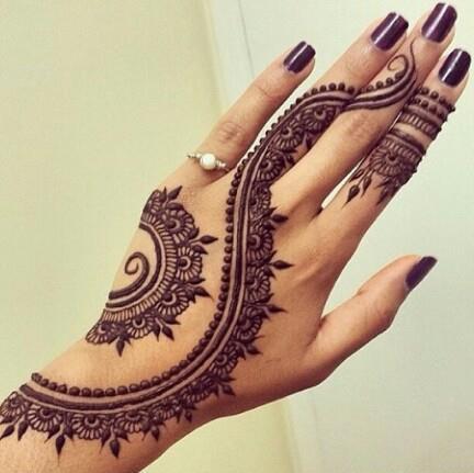 mandala-lindo-tatuaje-mujer