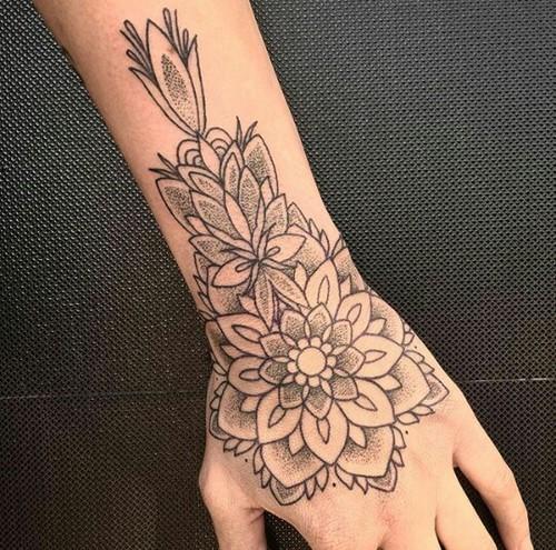 tatuajes-para-manos