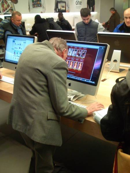 the_craziest_things_that_have_ever_happened_in_the_apple_store_640_13
