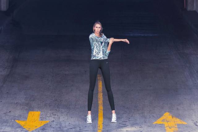 this_leggy_model_has_legs_that_go_on_for_days_640_23
