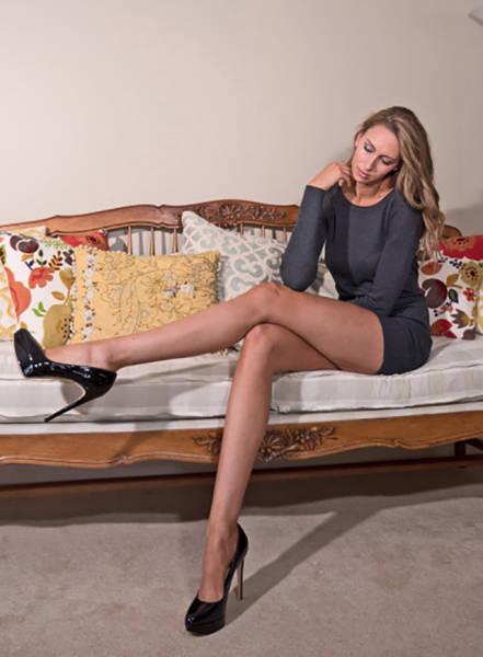 this_leggy_model_has_legs_that_go_on_for_days_640_26