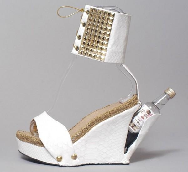 zapato-con-compartimento-600x548