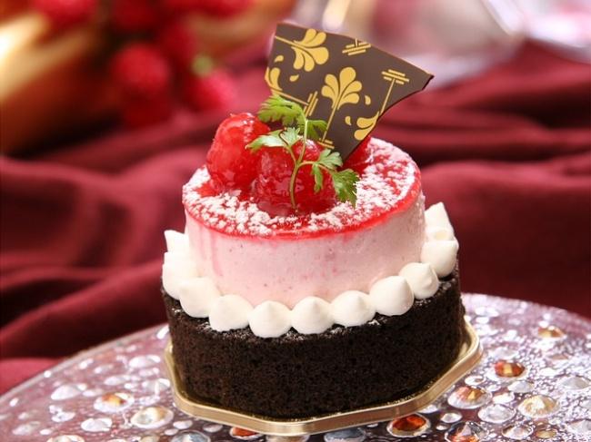 117355-R3L8T8D-650-dessert
