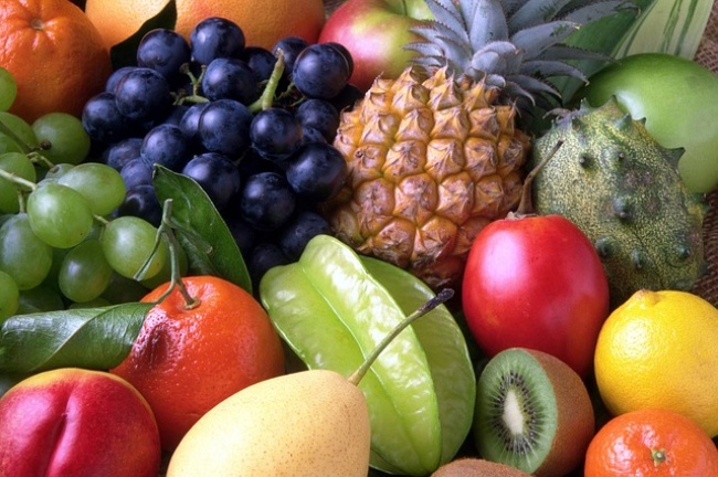117555-R3L8T8D-650-fruitsfull