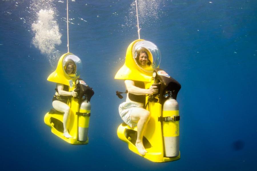 58855-R3L8T8D-900-boss-underwater-adventure-mahogany-bay-isla-roatan-2