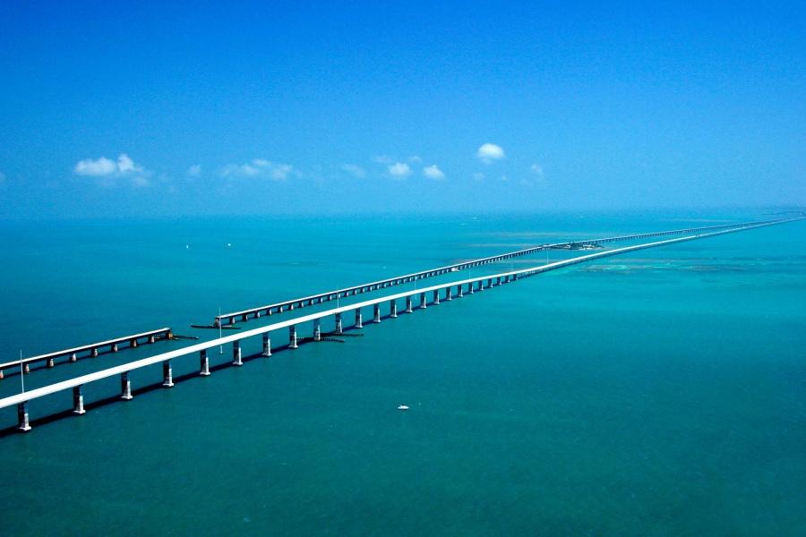59455-R3L8T8D-900-looooooong_bridge
