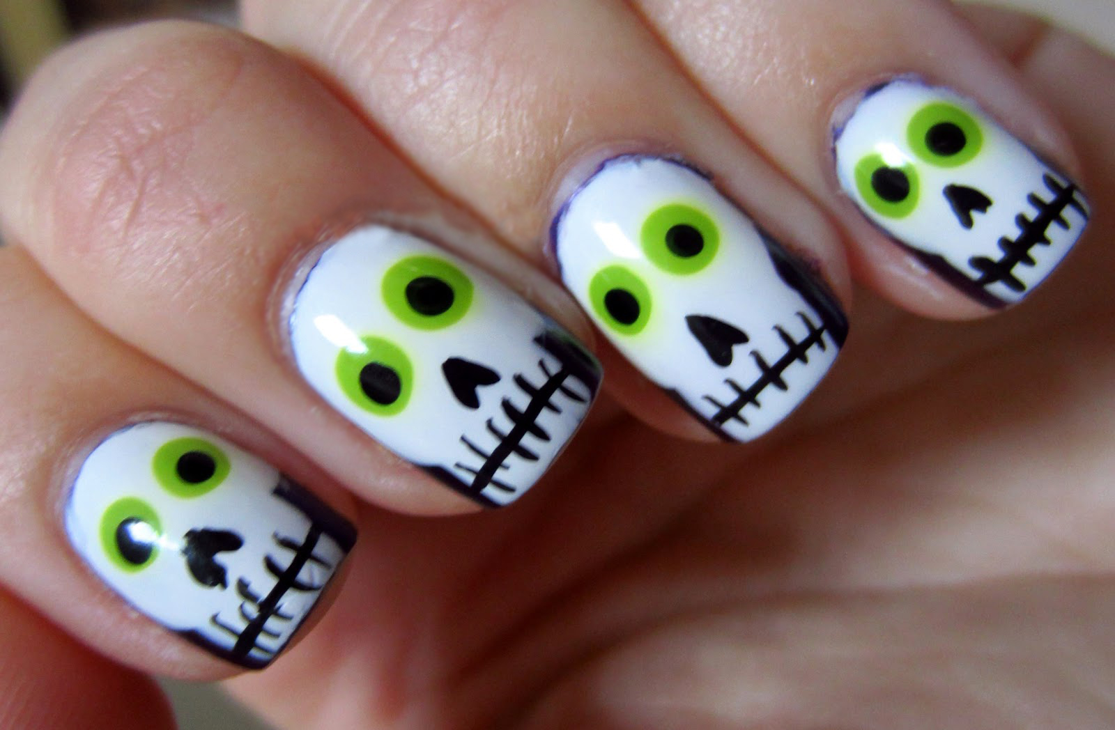 35 ESPELUZNANTES diseños de Halloween para tus UÑAS ¡Muy ...