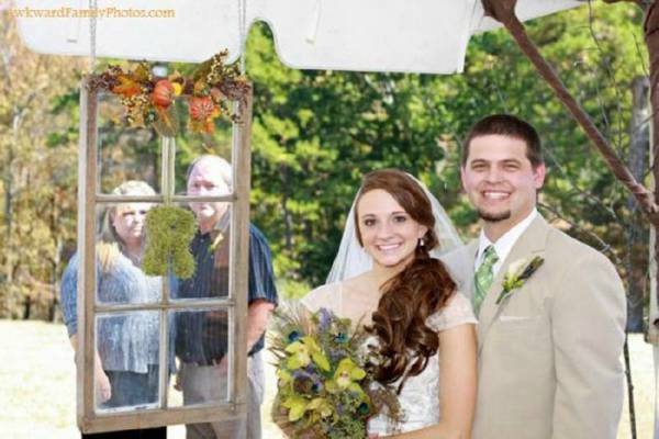 awkward-wedding-pictures08