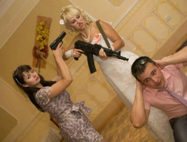 awkward-wedding-pictures13