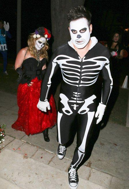 best-and-worst-celebs-halloween-costumes-who--L-S37HcR