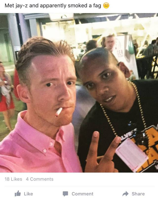 dumb_people_taking_photos_with_celebs_who_are_not_really_celebs_640_high_21