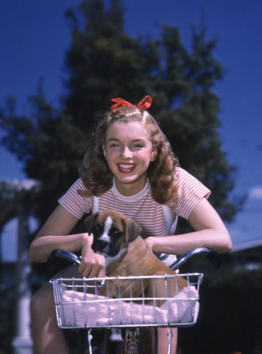 fotos-nunca-vistas-de-Marilyn-Monroe-14-517x700