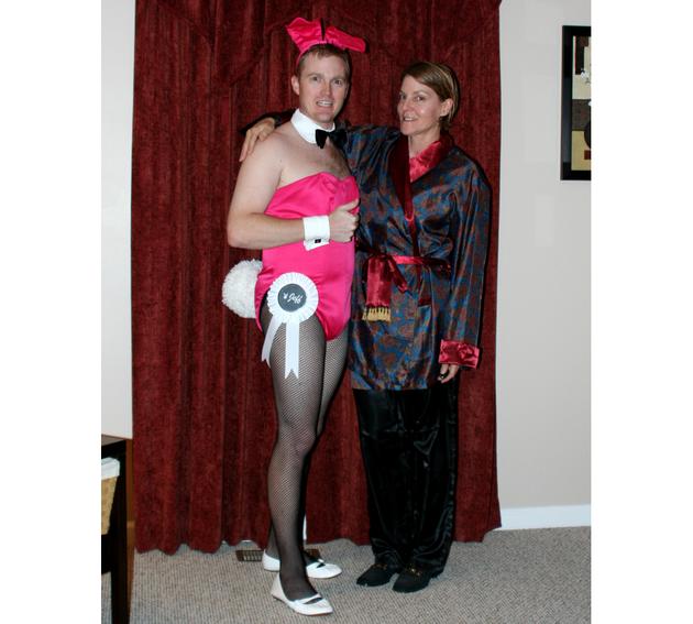 gallery_big_Hugh_Hefner_and_a_Playboy_Bunny_Halloween_Costume