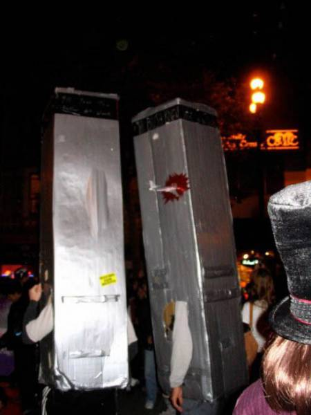 halloween_costumes_that_are_the_worst_ideas_ever_640_44