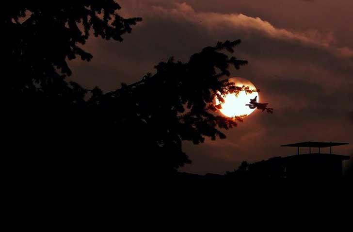 moon-437762_640