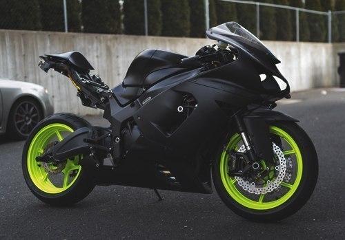 motocicleta-negra
