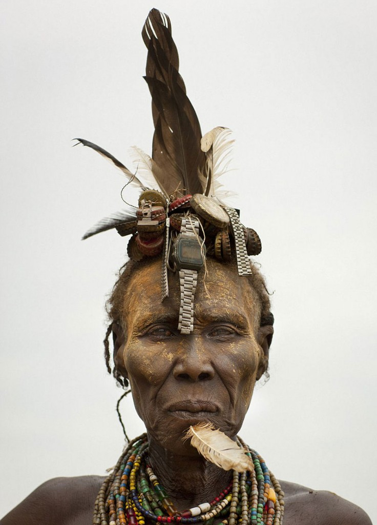 recycled-headwear-trash-jewelry-omo-valley-tribes-ethiopia-eric-lafforgue-12
