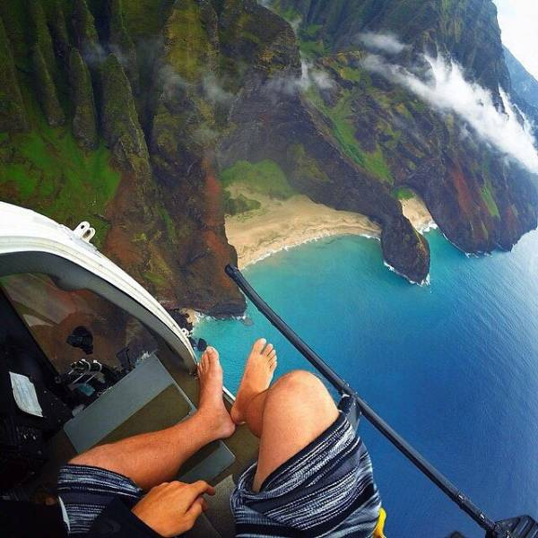 these_extreme_selfies_are_a_little_insane_640_15