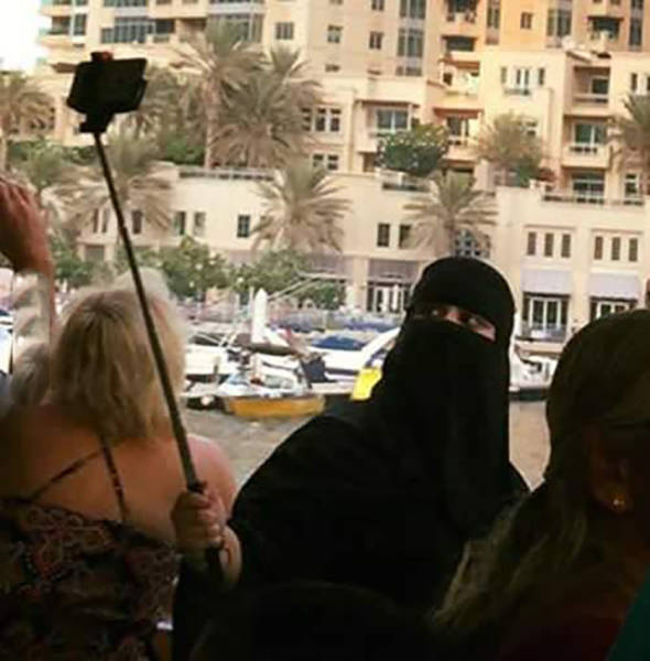 things_that_you_can_expect_to_see_only_in_dubai_640_12