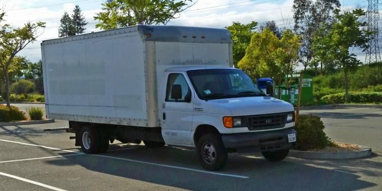 trabajador-google-vive-en-el-estacionamiento5-750x375