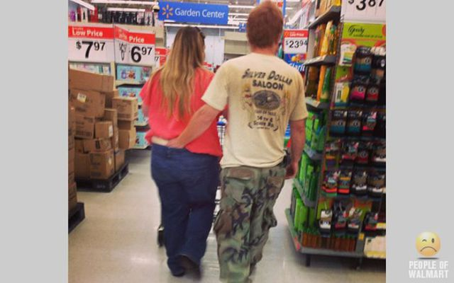 walmart_really_does_attract_the_weirdest_people_around_640_41