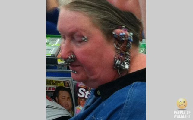walmart_really_does_attract_the_weirdest_people_around_640_48