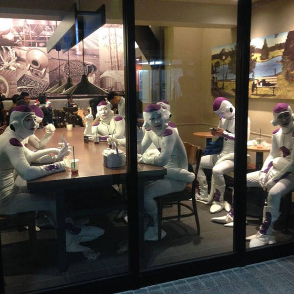 weird_and_wacky_things_that_you_would_definitely_only_find_in_japan_640_15