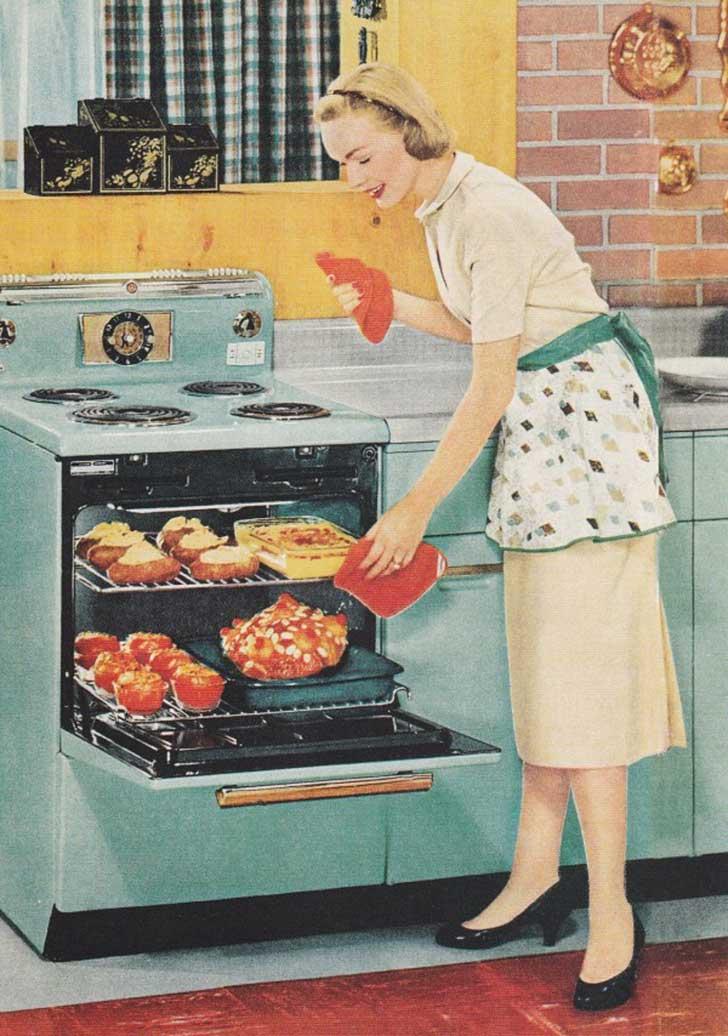 1950s-housewife-600x854