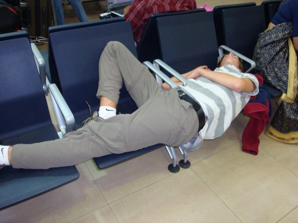 20-Random-People-Caught-Publicly-in-Awkward-Positions-10