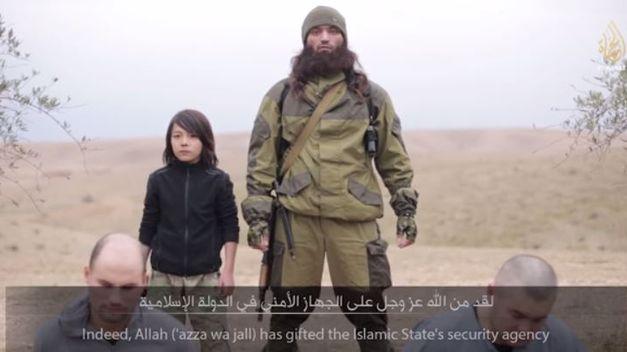 Estado_Islamico-nino-ejecuta_TINIMA20150113_0940_5