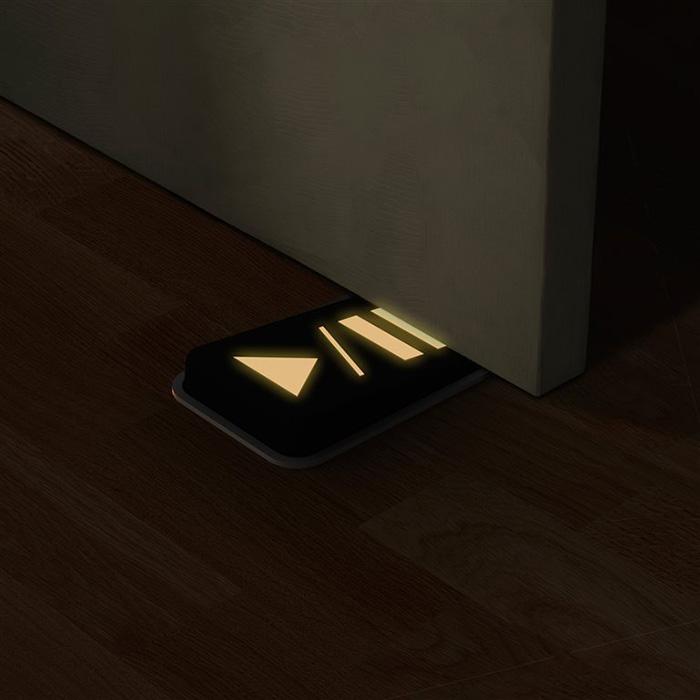 creative-doorstops-401__700