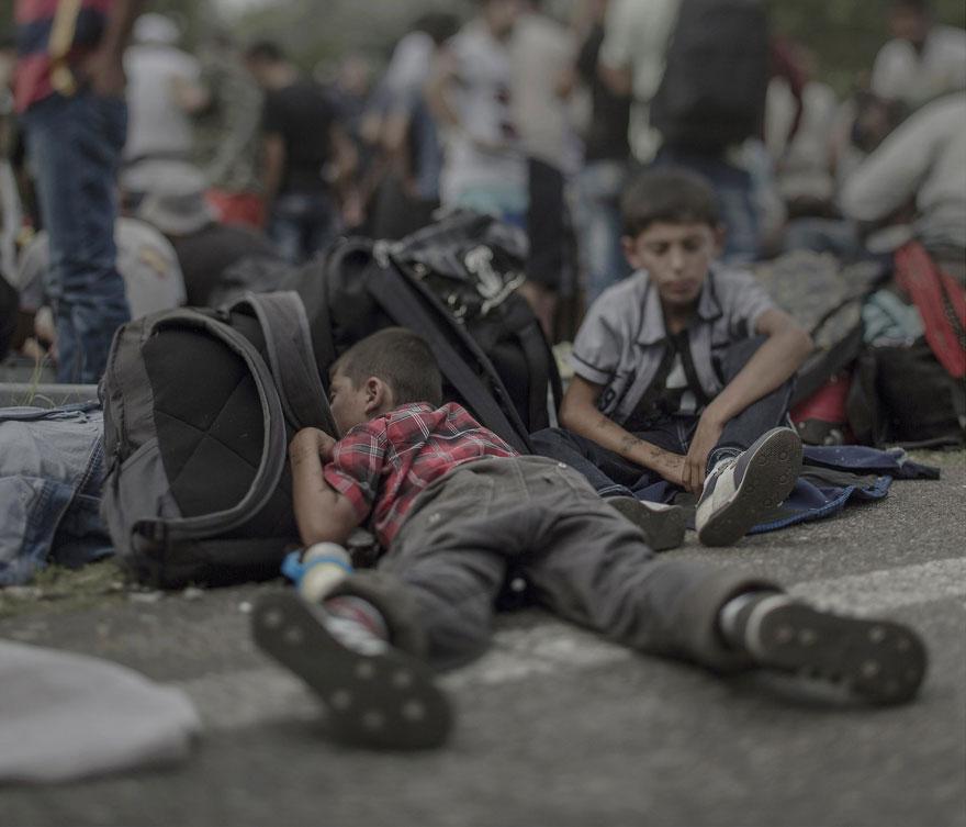 donde-ninos-duermen-fotos-refugiados-sirios-magnus-wennman-1