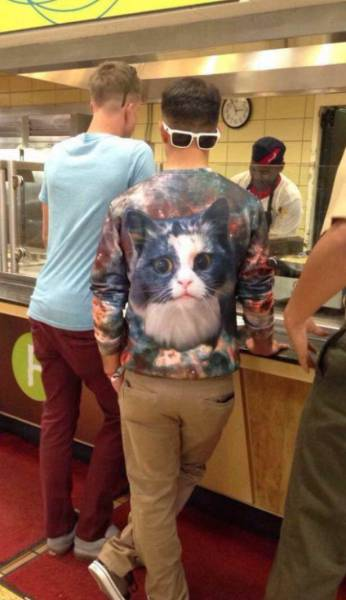 fall_fashion_fails_that_are_almost_too_shocking_for_words_640_11