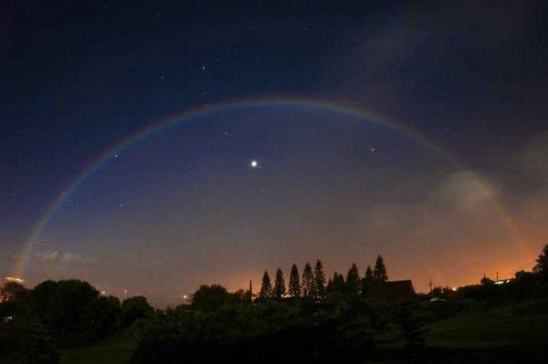 moonbow-venus-rob-ratkowski-e1413370203584